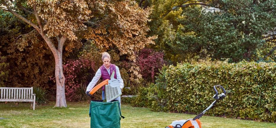 Az utolsó őszi feladatok a gyep körül